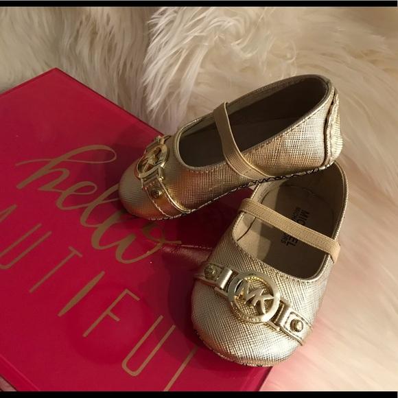 033bb511237e Baby Girl - Michael Kors - Gold Dress Shoes. M 5bb91bf2c89e1dc3bf2d40d4